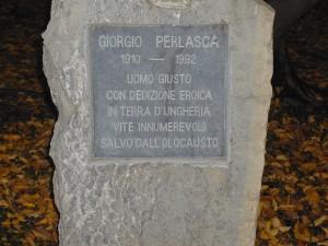 cippo sul lungolago Mafalda di Savoia